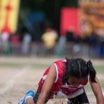 étudiants thaïlandais non identifiés dans la cérémonie au cours de la parade de sport — Photo