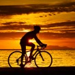 Silhouette of a biker — Stock Photo