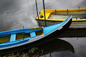 Blue an Yellow Boats — Stock Photo