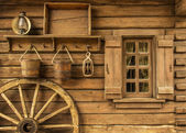 Old house with wheel — Foto Stock