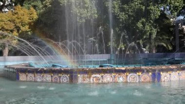 Fountain with Rainbow in Mendoza in Argentina — Stock Video