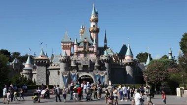 Disney California adventure park in Anaheim in Orange County in California, United States — Stock Video