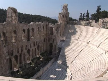 Odeon of Herod Atticus on the Acropolis in Athens, Greece — ストックビデオ