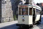 Antiguo tranvía sobre rieles en gante — Foto de Stock