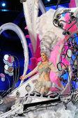 тенерифе, 28 февраля: карнавал, волны для зрителей во время t — Стоковое фото