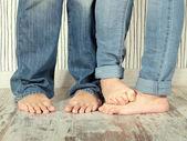 Barefoot couple — Stock Photo