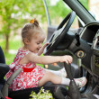 Little girl in the car — Stock Photo