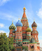 Saint Basils cathedral on Red Square in Moscow — Stock Photo