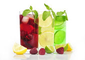 Refreshing drinks — Stock Photo