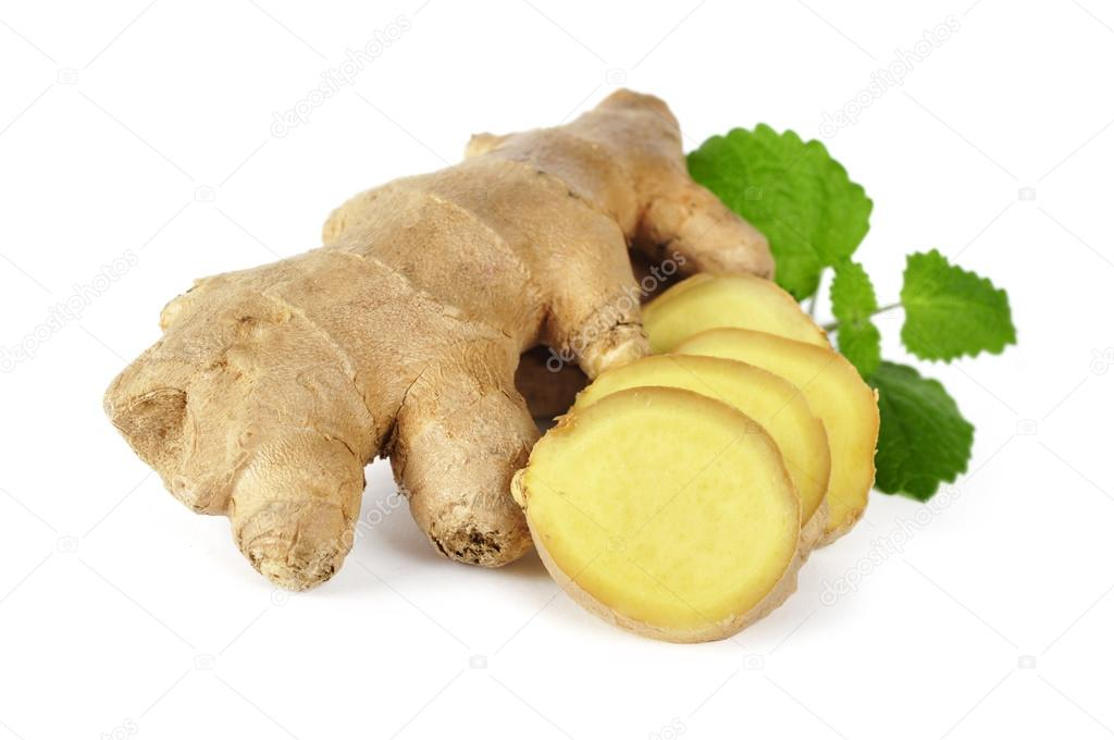 Sliced ginger with leaves isolated on white background — Stock Photo #13941887