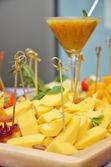 Strona w formie bufetu z serem — Zdjęcie stockowe