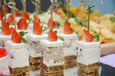 Strawberry cakes — Stock Photo