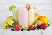 Frucht-smoothies — Stockfoto