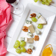 Camembert and  blue cheese — Stock Photo