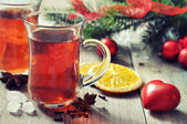 Mulled wine with spices — 图库照片