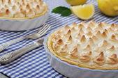 лимонный пирог безе — Стоковое фото