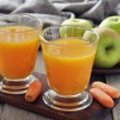 Apple and carrot juice — Stock Photo