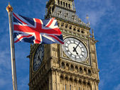 Big Ben and Union Jack — Stock Photo