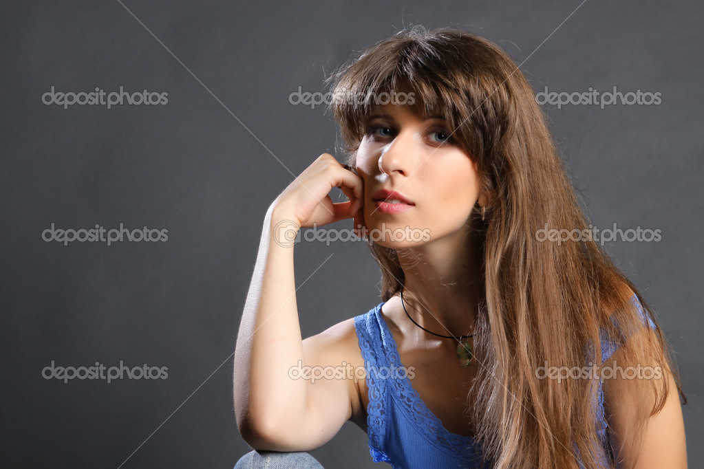 Young brunette woman beauty portrait studio shot   #15616001