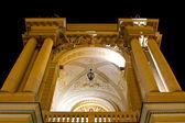 Odessa opera ve bale tiyatrosu gece — Stok fotoğraf