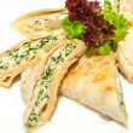 Grilled pita with feta — Stock Photo #40067555