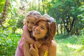 Mamma med dotter — Stockfoto