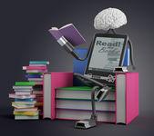 E-книга человек читает — Стоковое фото