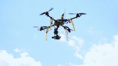 Quadcopter — Stock Video
