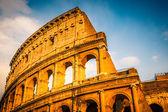 Koloseum při západu slunce — Stock fotografie