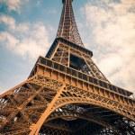 Eiffel Tower — Stock Photo #13609147