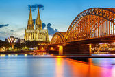 Cologne Cathedral and Hohenzollern Bridge, Germany — Stockfoto