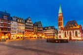 Historic Center of Frankfurt at night — Foto de Stock