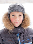 Little boy at wintertime — Stockfoto