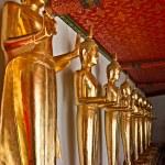 Buddha statues in Wat Pho temple, Bangkok — Stock Photo #13815970
