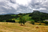 Reggio Emilia Apennines panorama with Bismantova rock — Photo