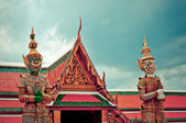 Guardian statues in Bangkok Grand Palace - Thailand — Stock Photo