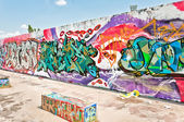 Graffiti on Mauerpark wall in Berlin — Stock Photo