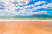 Makena Beach, famous tourist destination in Maui, Hawaii — Stock Photo