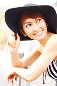 Beautiful Asian woman smiling — Stock Photo