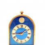 Vintage clock, antique, front perspective — Stock Photo #11240328