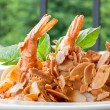 Spaghetti with Almond Shrimp — Stock Photo