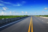 Road With Painted Double Yellow Line — Stock Photo