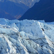 Mountain and glacier — Stock Photo