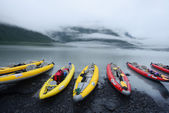 Andate in kayak in lago — Foto Stock