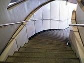Percorso sotterraneo scala — Foto Stock
