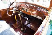 Intérieur de voiture rétro vintage — Photo