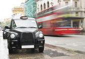Londra'da taksi — Stok fotoğraf