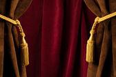красный театр шторы — Стоковое фото
