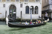 Antica gondola di venezia — Foto Stock