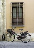 Old Italian bicycle — Stock Photo